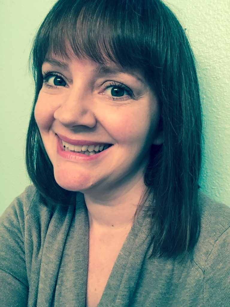 Stephanie Holloway Photo for Trisha Turner Freelance Writer Editor Testimonial